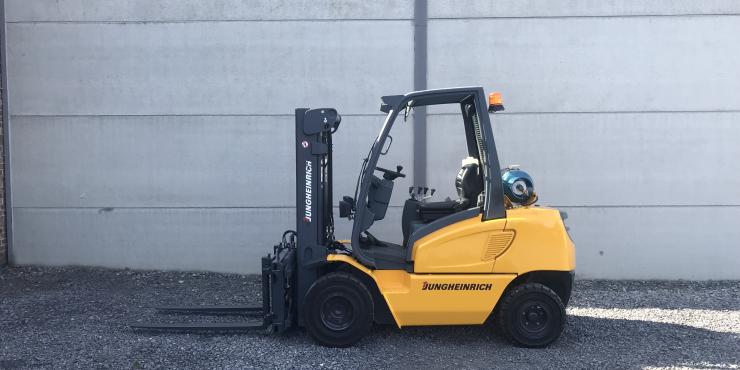 Jungheinrich TFG30BS (217) heftruck LPG (gas)