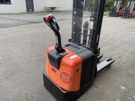 BT SPE125L elektrische transpalet en stapelaar (627)