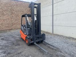 Linde E25-02 (256) heftruck elektrisch - 2,5 ton