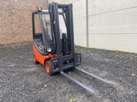 Linde H16T-03 heftruck LPG (181) TRIPLEX