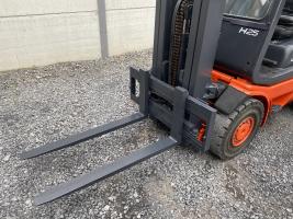 Linde H25D-03 heftruck triplex 2,5 ton (232)