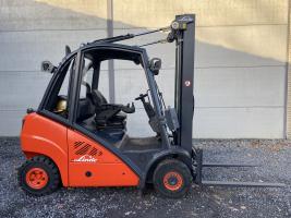 Linde H25T (271) heftruck LPG 2,5 ton triplex