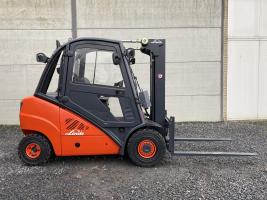 Linde H30D-01 (209) heftruck diesel TRIPLEX