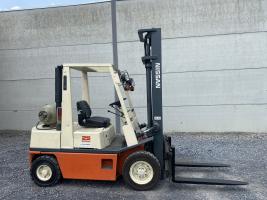 Nissan PH02A25A (253) heftruck LPG