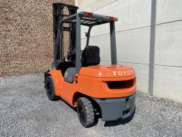 Toyota 02-7FDJF35 (240) heftruck diesel  3,5 ton