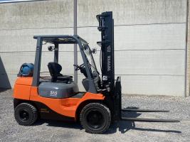 Toyota 02-7FGF30 (262) heftruck LPG (gas) 3 ton