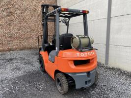 Toyota 42-7FGF20 (207) heftruck LPG (gas)