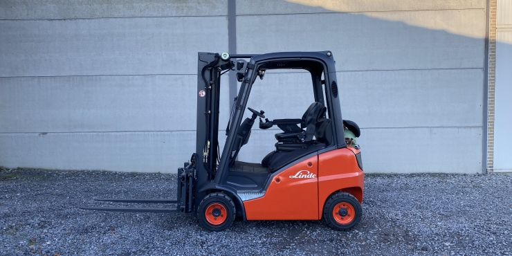 Linde H20T (200) heftruck op LPG - triplex
