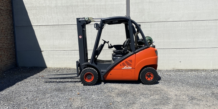Linde H25T-01 heftruck op LPG (258)