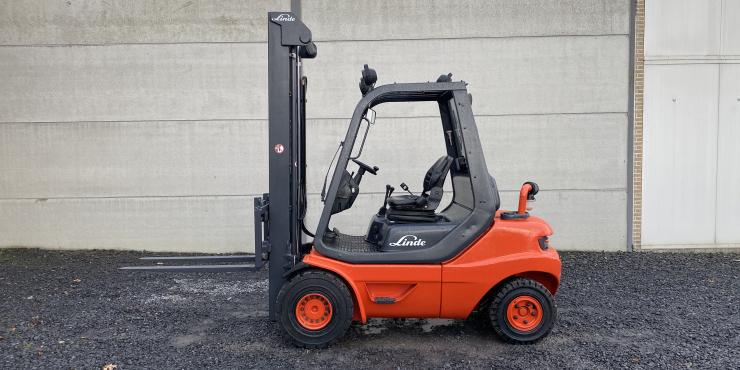 Linde H30D-03 (266) heftruck diesel duplex free -  3 ton