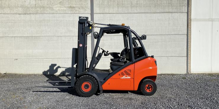 Linde H30T-01 heftruck LPG (242)