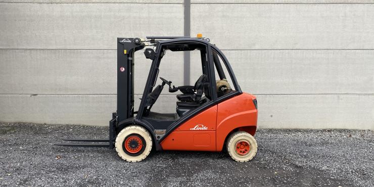Linde H30T heftruck LPG (255)