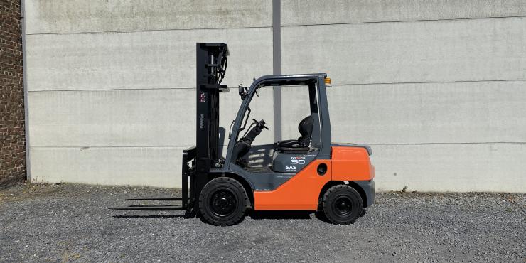 Toyota 02-8FDF30 (232) heftruck diesel