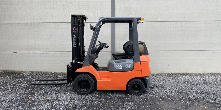 Toyota 42-7FGF18 (171) heftruck triplex 1.8 ton