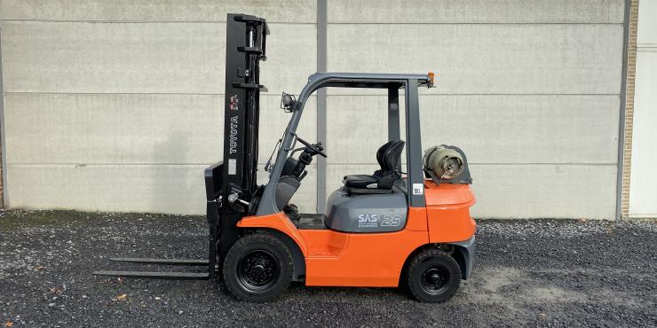 Toyota 42-7FGF25 heftruck op LPG (267)